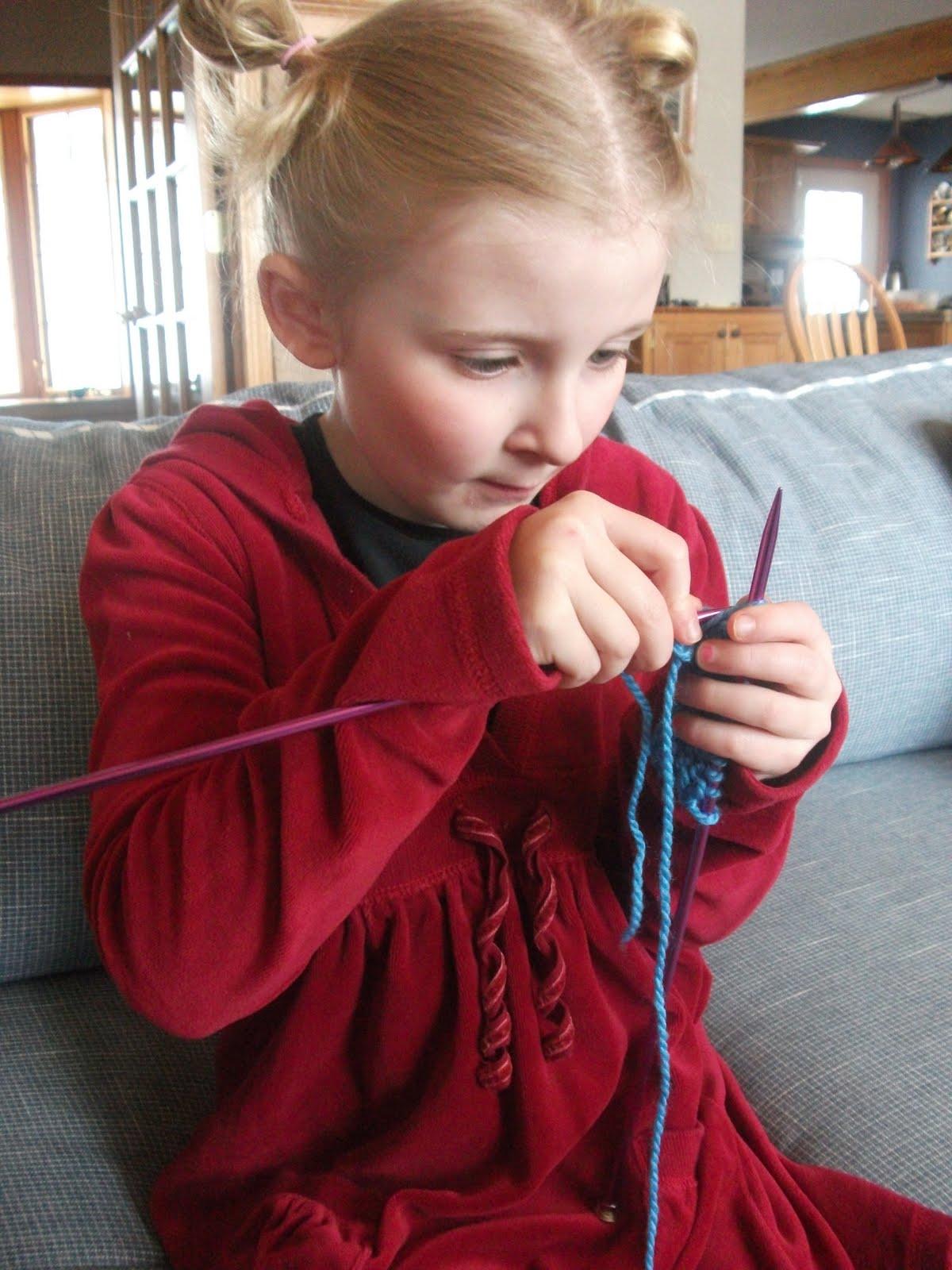 Обучение вязанию детей спицами 19