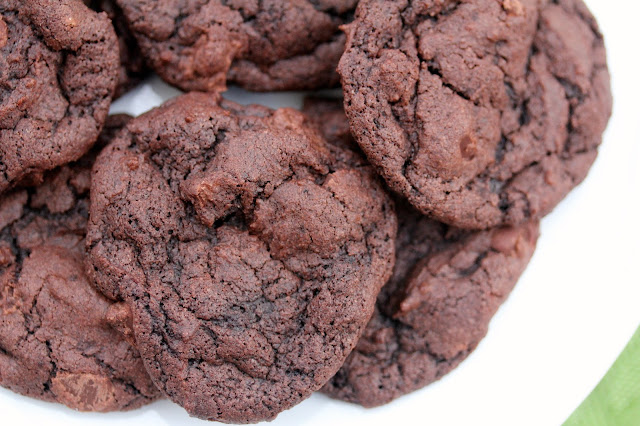 Karen's Kitchen Stories: Buttermilk Chocolate Cookies #chocolateparty