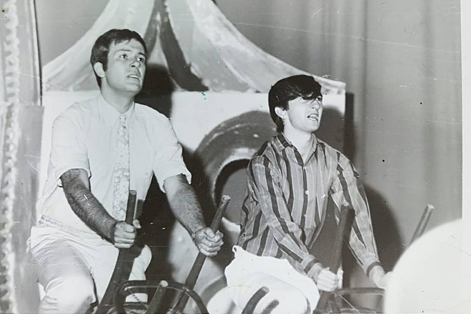 CRÓNICA PARA EL TEATRO Y LA POESÍA. Director y actor. 1968