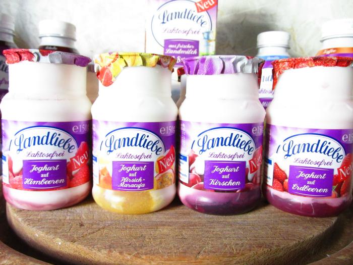 Landliebe Laktosefrei - Joghurt auf Früchten , Himbeeren, Pfirsich-Maracuja, Kirschen, Erdbeeren