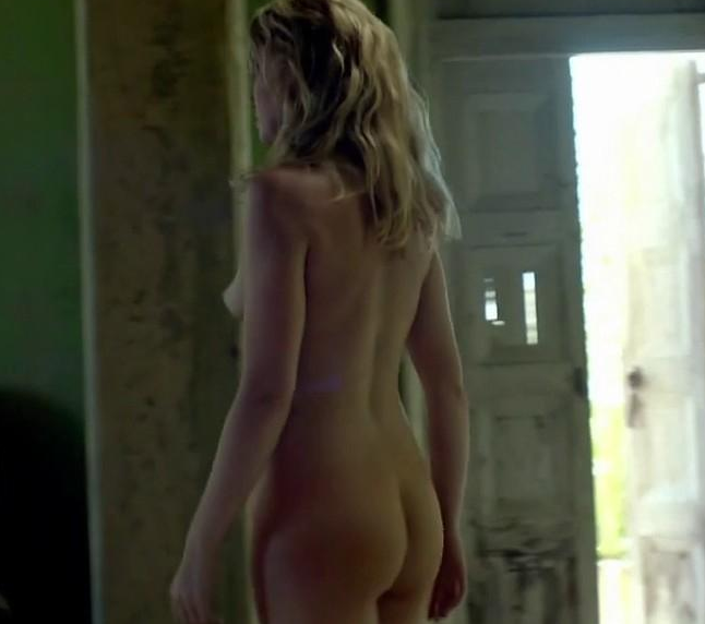 Hannah New Nude Ass in Black Sails