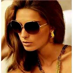 moda-feminina-em-oculos-de-sol-2010-2