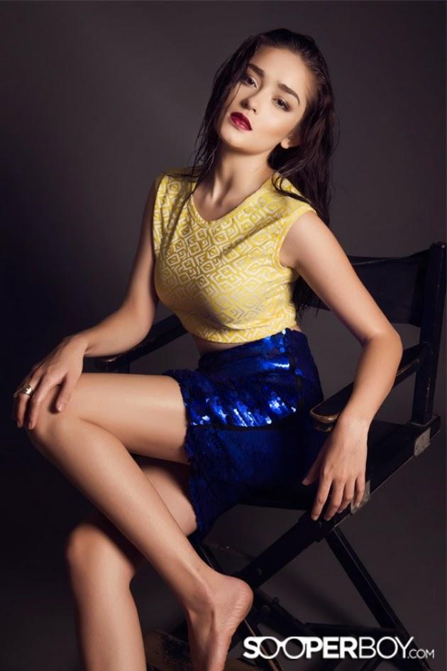 koleksi foto hot artis cantik model sexy yasmine wildblood