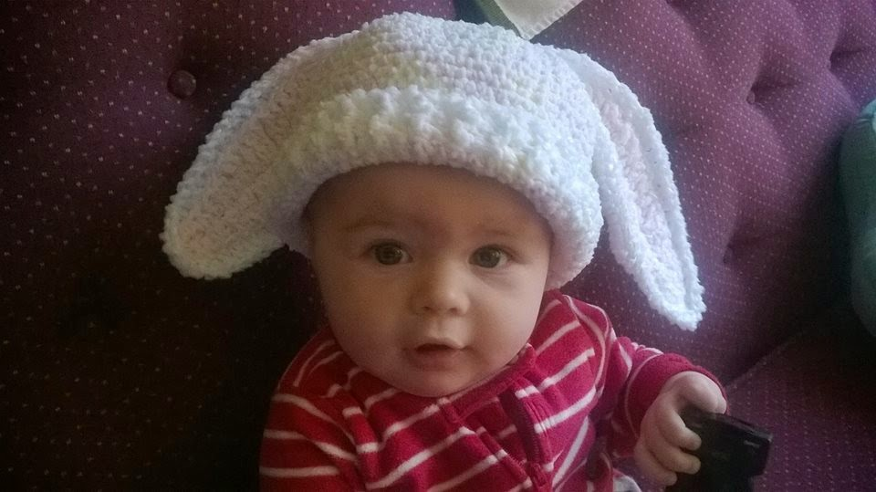 Living Well with SuziQue: Baby Sara\'s Bunny Hat: Free Crochet Pattern