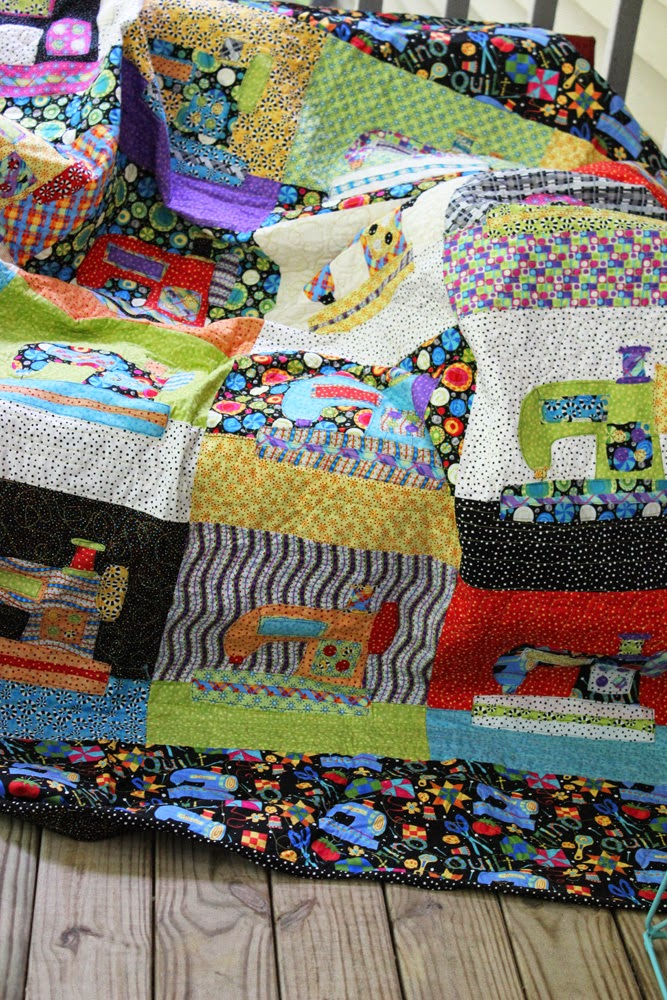 Jennifer Jangles Blog: Sewing Machine Applique Quilt