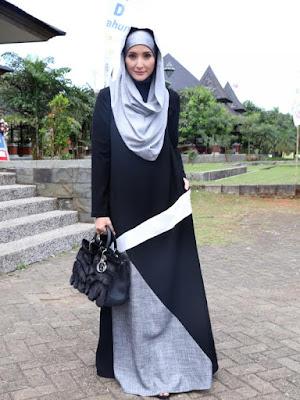 Model Baju Muslim Hijab Syar'i Inneke Koesherawati