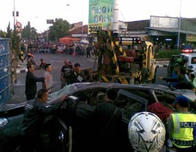 kecelakaan di semampir tadi pagi