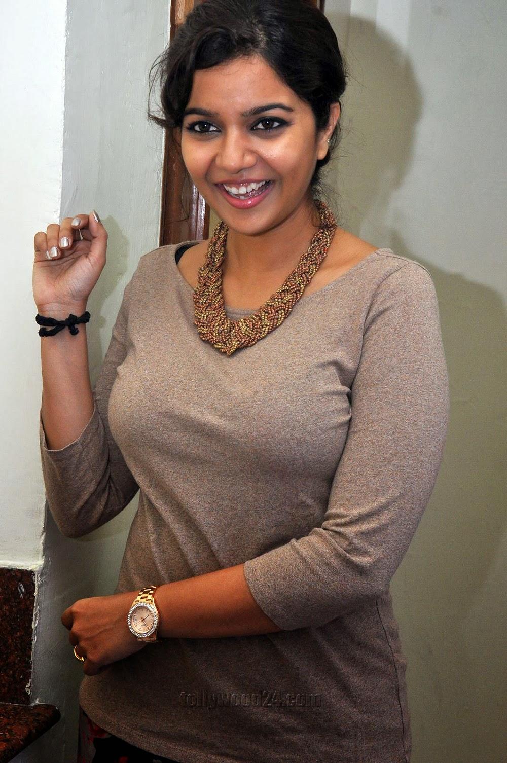 Colors Swathi turns Singer in