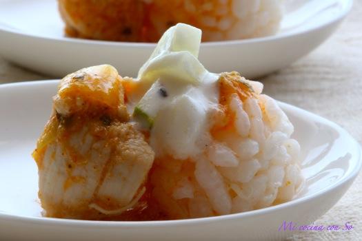 Mi cocina con so pollo especiado con arroz blanco y salsa - Comidas con arroz blanco ...