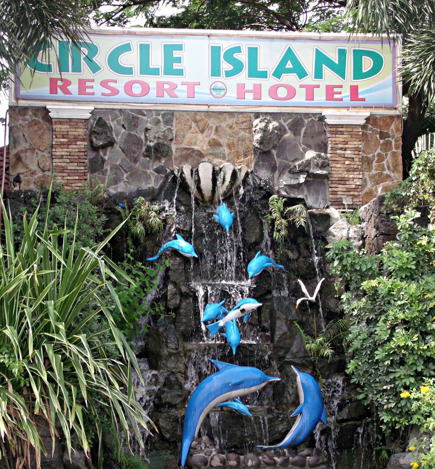 Eat Explore Experience Beat The Summer Heat Getaway Circle Island Resort