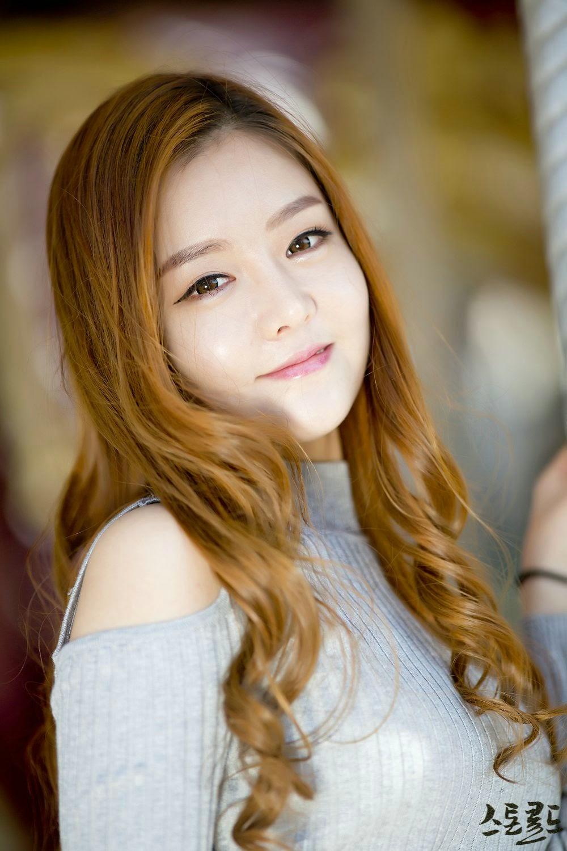 3 Pretty Yu Jin In Outdoors Photo Shoot - very cute asian girl-girlcute4u.blogspot.com