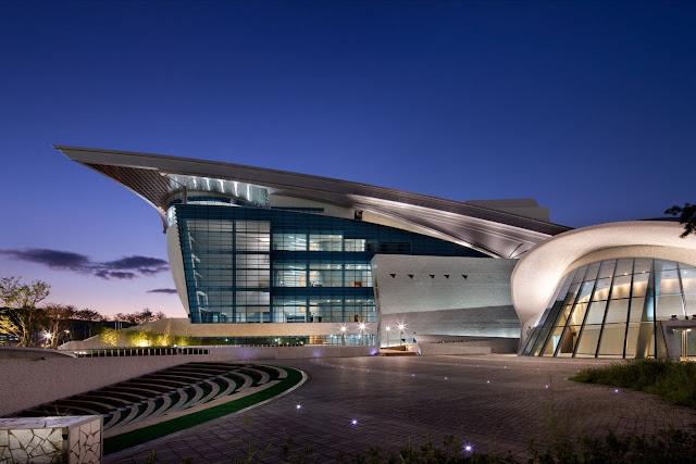 03-Gyeongju-Arts-Center por Samoo-Arquitectos-Ingenieros