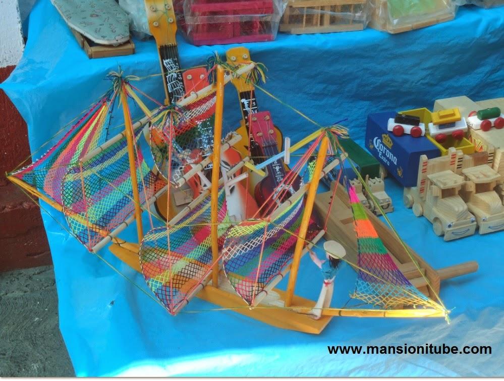 Juguetes Mexicanos Tradicionales en Janitzio
