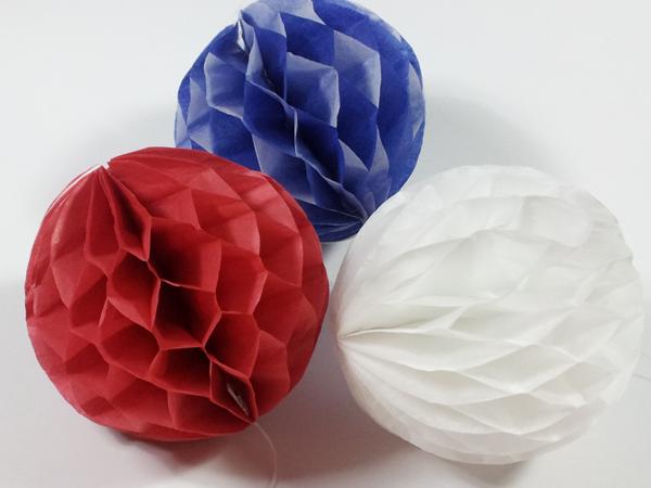 Bolas de papel aprender manualidades es - Como hacer bolas para decorar ...