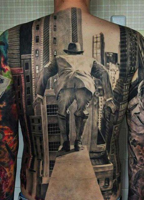 Tatuagens de Imagens Clássicas nas Costas