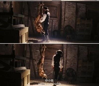 (上图)《姜戈》里的酷刑镜头, 让人联想到马三家劳教所