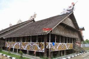 Image result for rumah lamin