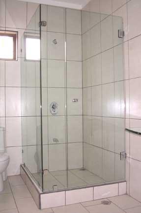 Vidrios coto brus cat logo vidrio y aluminio - Puerta corrediza para bano ...