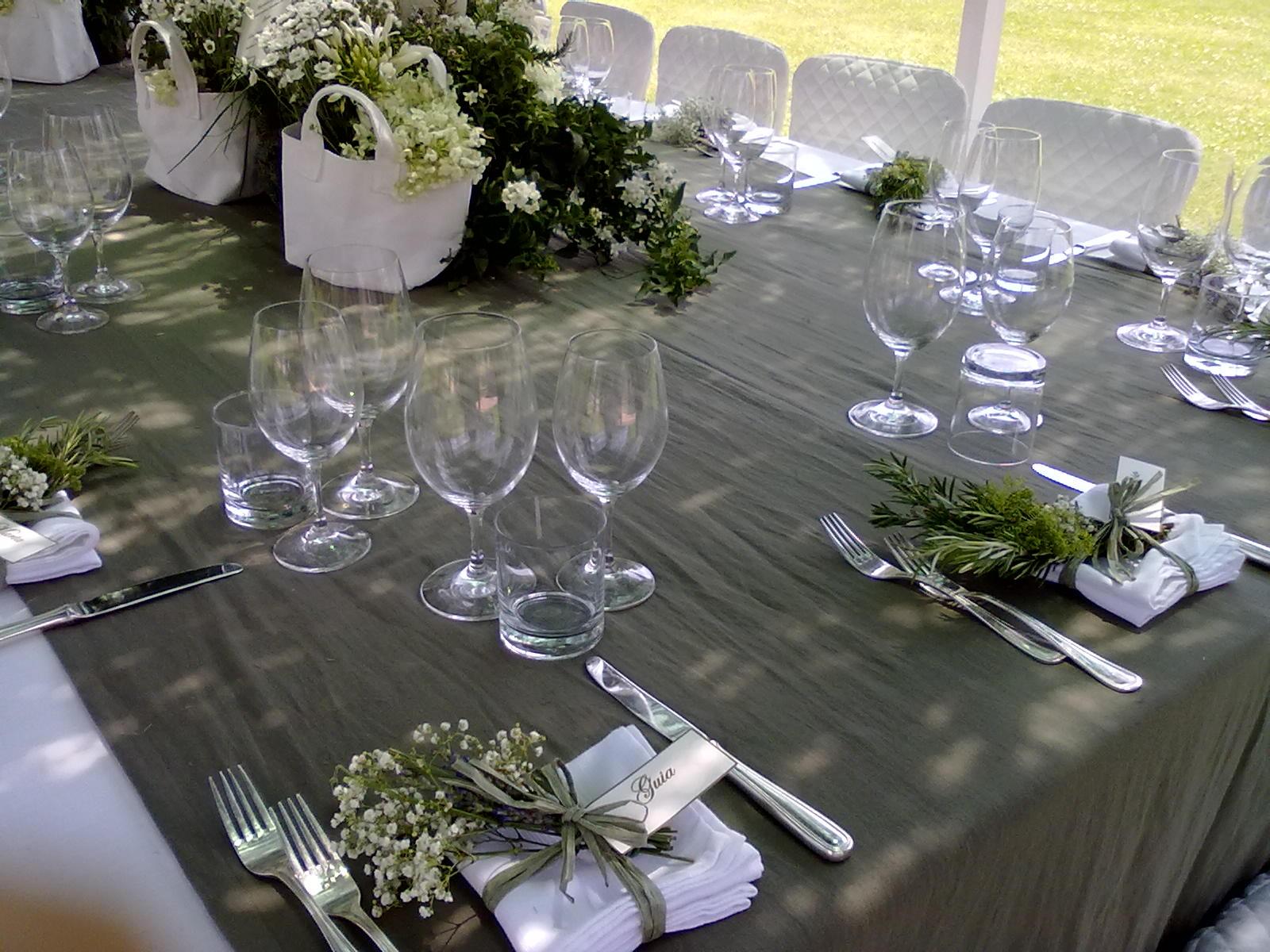 La tavola galateo pr t porter buone maniere contemporanee for A tavola con guy