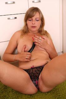 性感的成人图片 - sexygirl-051-775242.jpg
