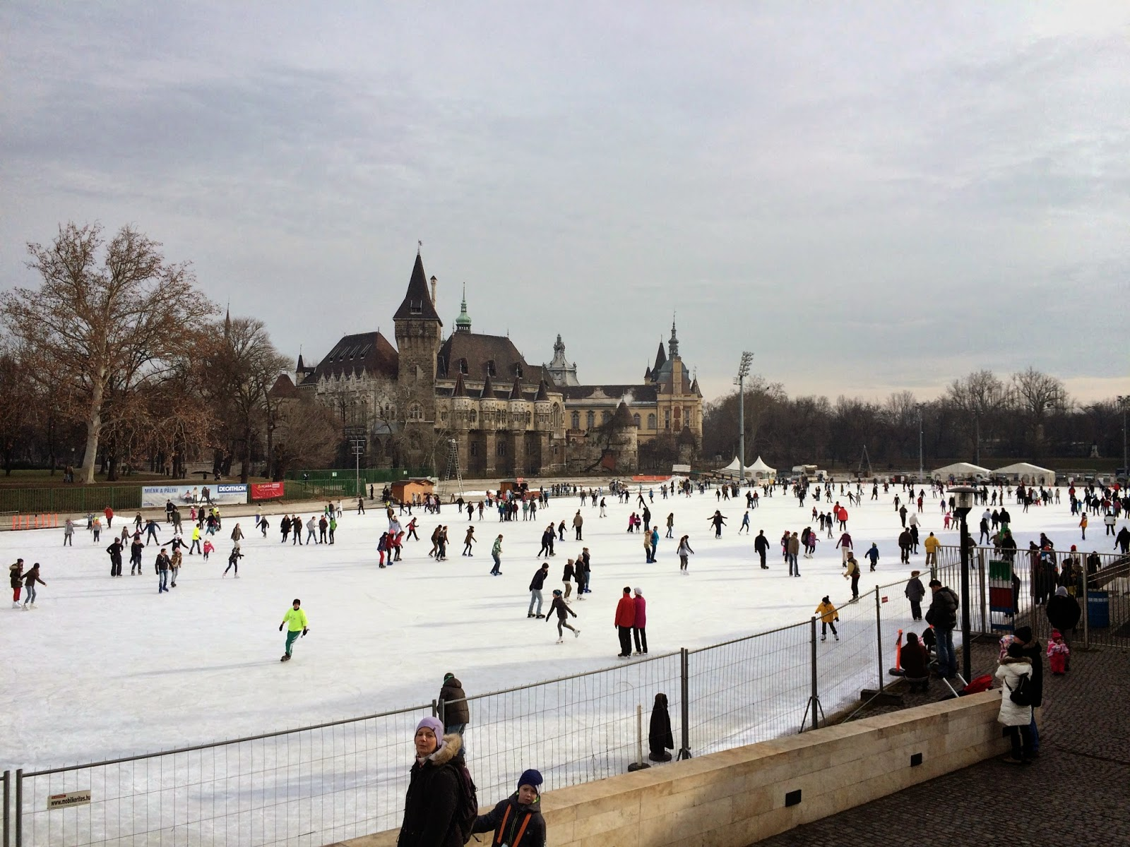 Budapest outdoor ice rink - near Szechenyi thermal spa baths