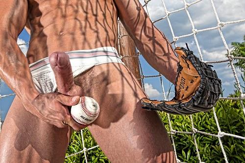 Sascha Chaykin naked