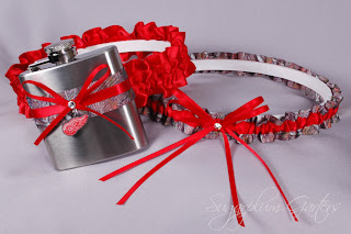 custom detroit red wings and mossy oak flask wedding garter set