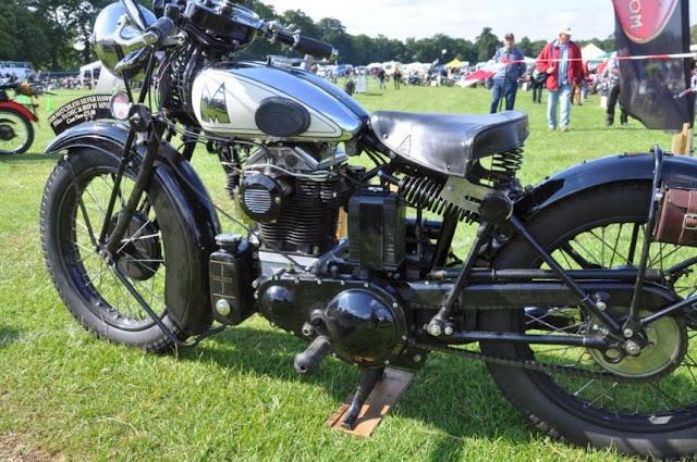1930 Matchless Silver Hawk | Matchless Silver Hawk | 1930 Matchless Silver Hawk V4 Motorcycles | 1930 Matchless Silver Hawk Pictures | Matchless Motorcycles