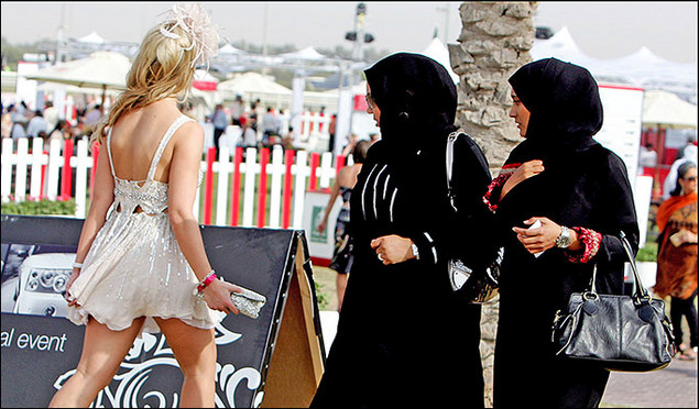 muslim women in western culture Why don't muslims assimilate to western culture when they immigrate  dressed muslim couple, the woman was veiled but not under a niqab  spread islam by the .