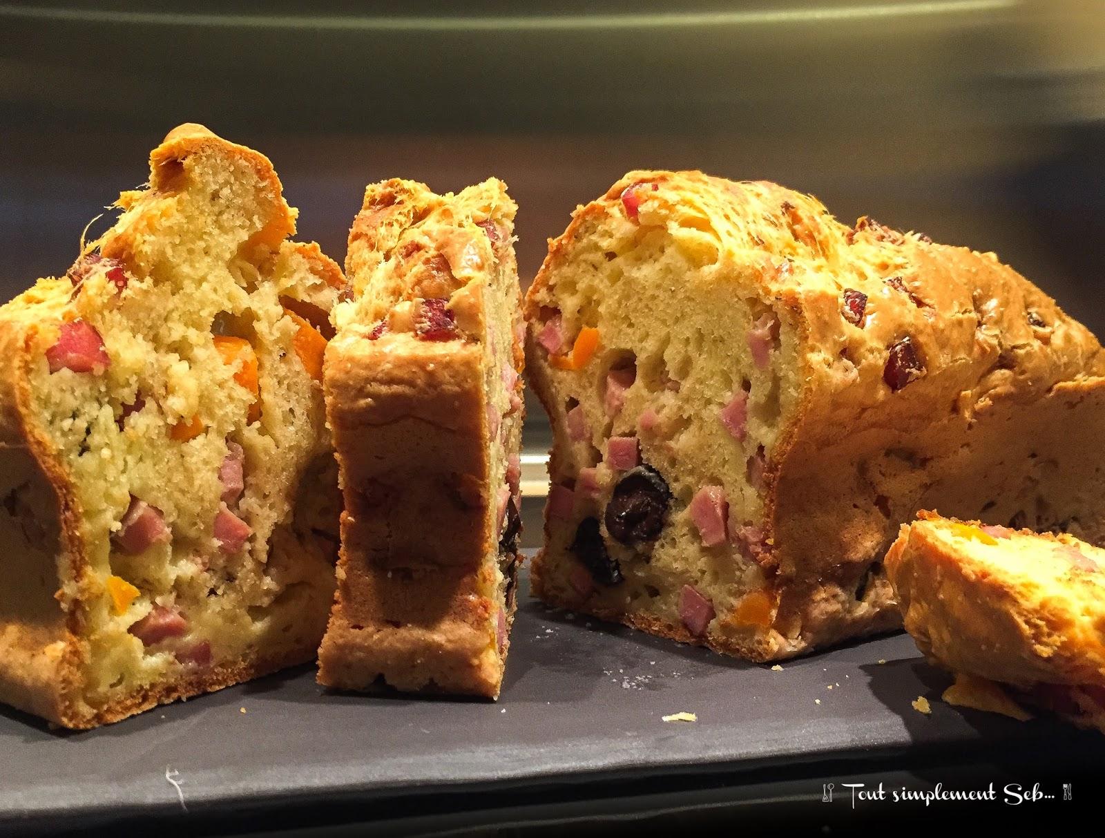 Tout simplement seb cake aux olives et jambon tout simplement - Cake aux olives jambon ...