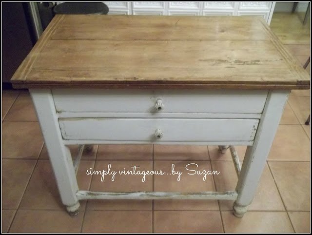 antique, farmhouse, table, expand, space saver