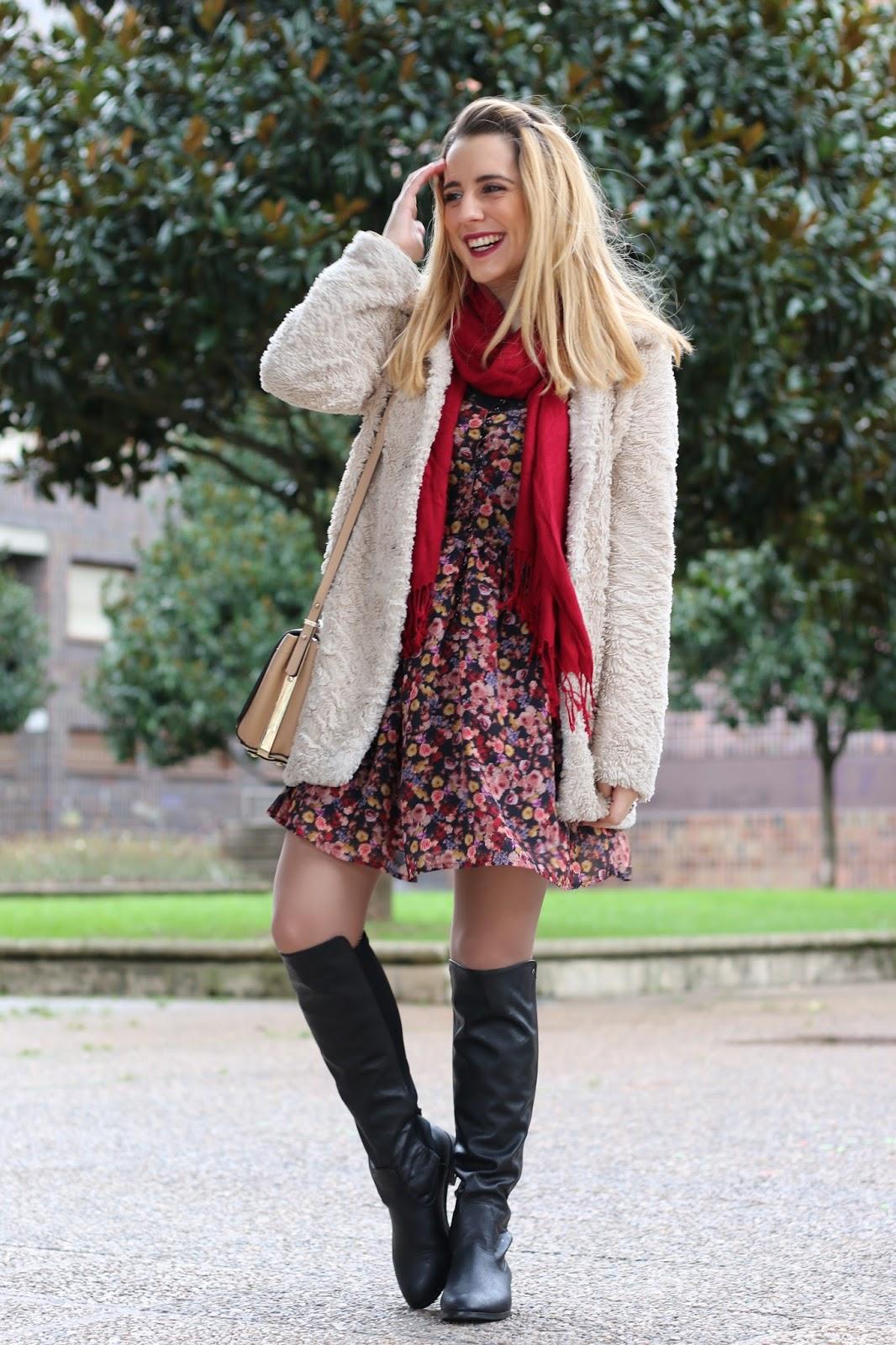Vestido de flores en invierno | Me Myself My Wardrobe | Bloguera y Youtuber de moda afincada en ...
