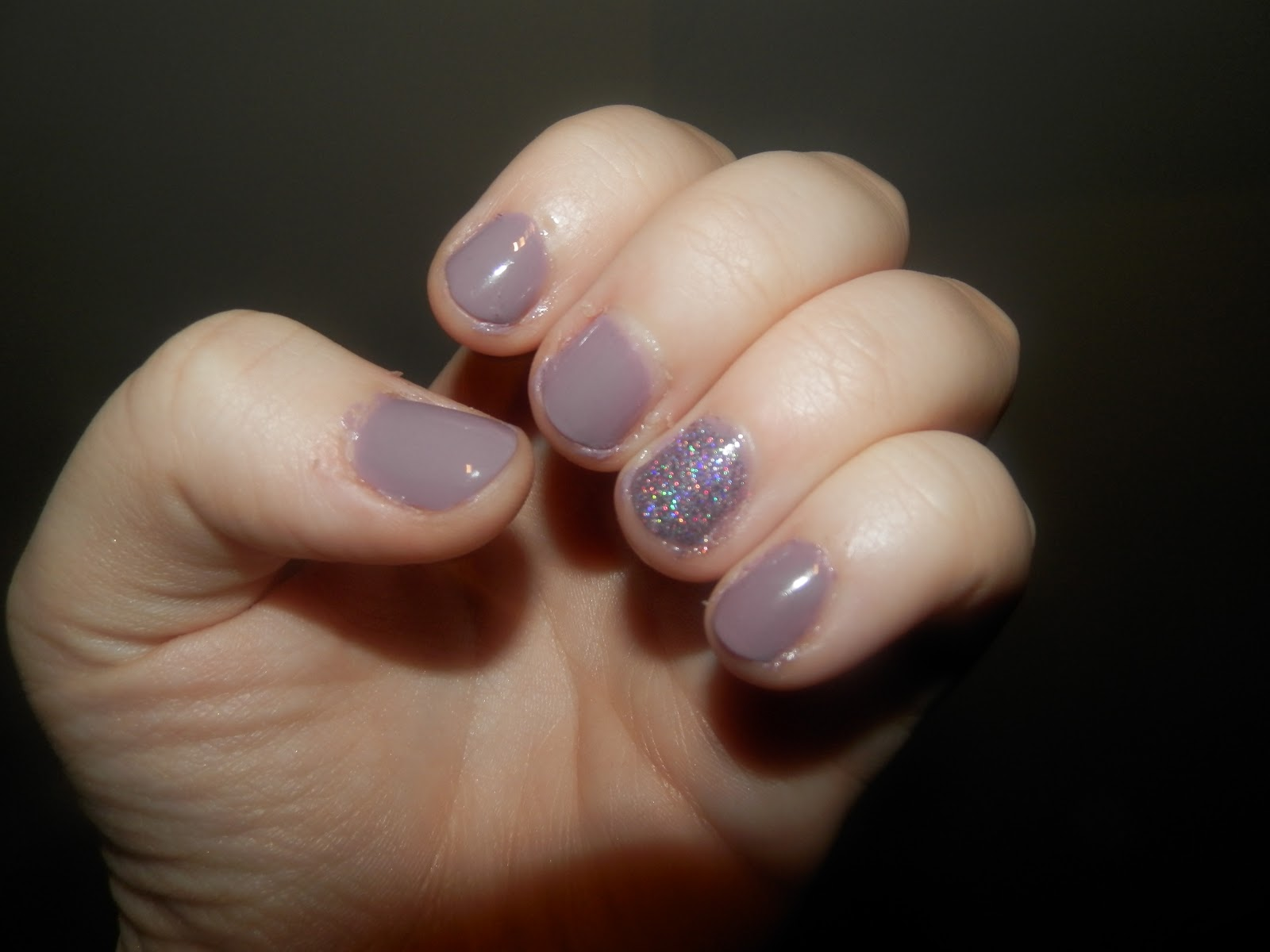 A Sprinkling of Euphoria: Weekend Manicure; Moody Mink Look & Review