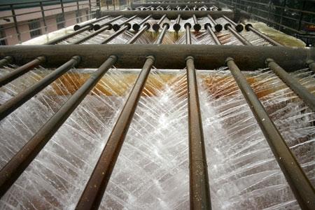 dàn phun mưa trong trạm cấp nước