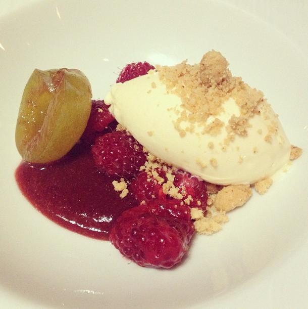 dessert at frenchie restaurant paris
