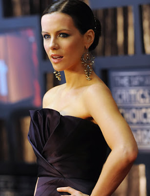 Kate Beckinsale Pretty Wallpaper
