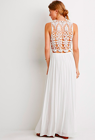 Suz & the Crochet Dress // POTD: Product of the Day