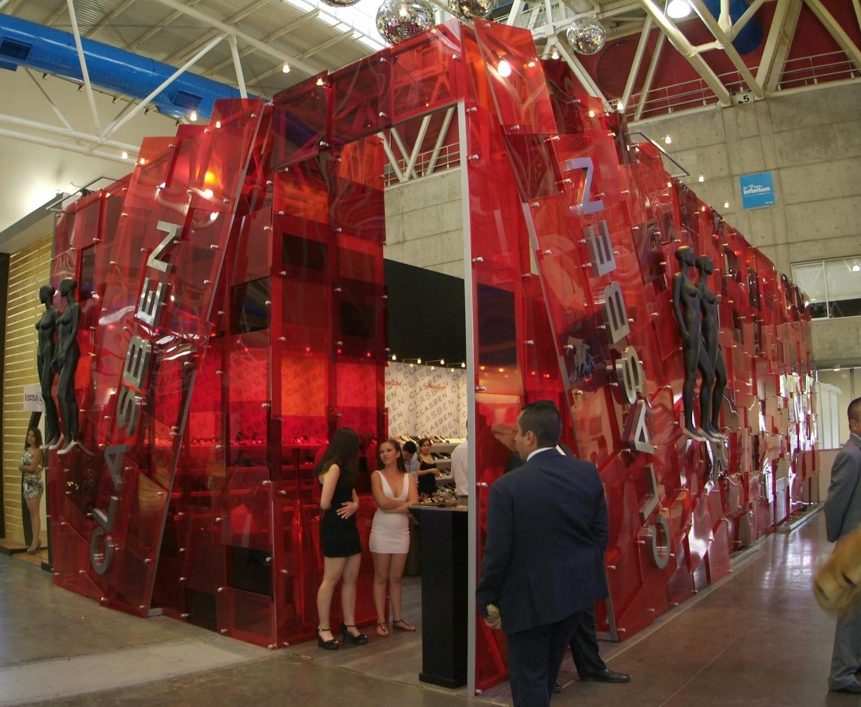 sapica agosto 2014, poliforum, exposición de calzado y artículos de piel, clasben