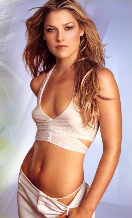 Final destination 4 Shantel VanSanten