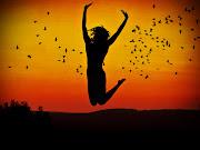 La búsqueda de la felicidad es uno de los objetivos que persigue el ser . la felicidad