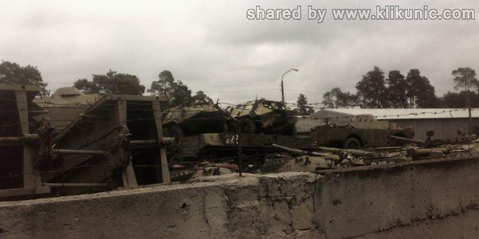 http://3.bp.blogspot.com/-rcbRBQqw5WY/TXIq3KbydeI/AAAAAAAAP5M/q2mTPEvoRKk/s1600/panzer_cemetery_in_kiev_12.jpg