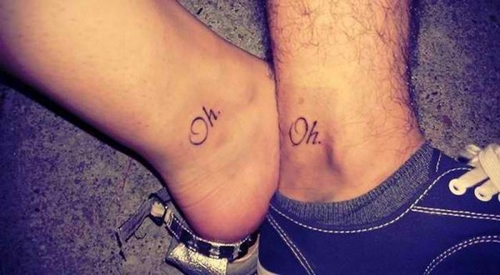 Tatuagem simples de casal