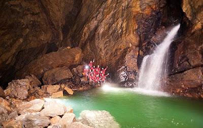 Wih, Ada Sungai Bawah Tanah di Goa Kedalaman 4000 Meter!