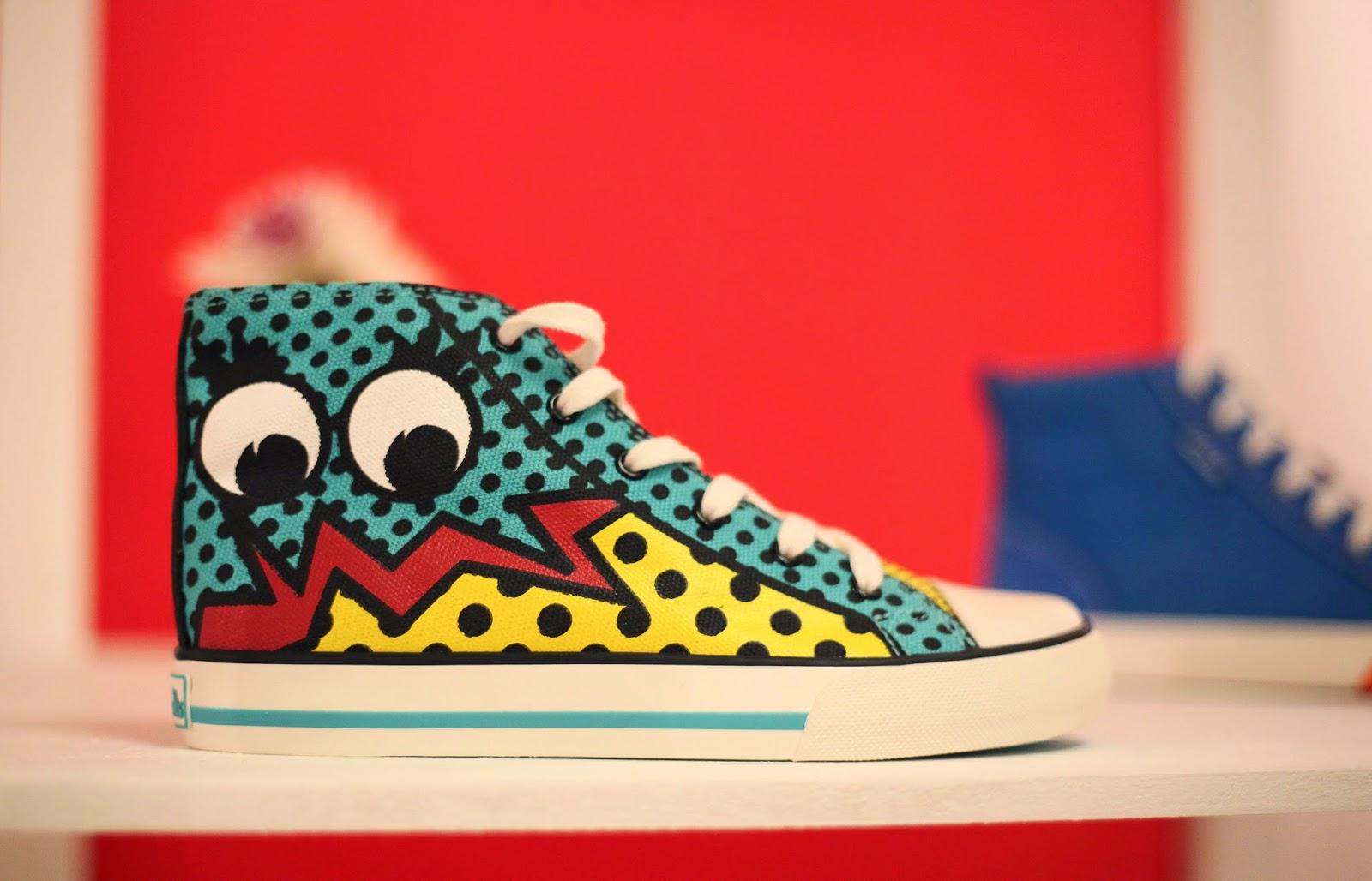 Comic shoe