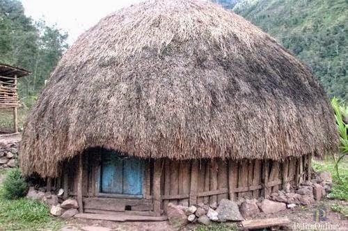 Arsitektur Vernakular Indonesia Timur