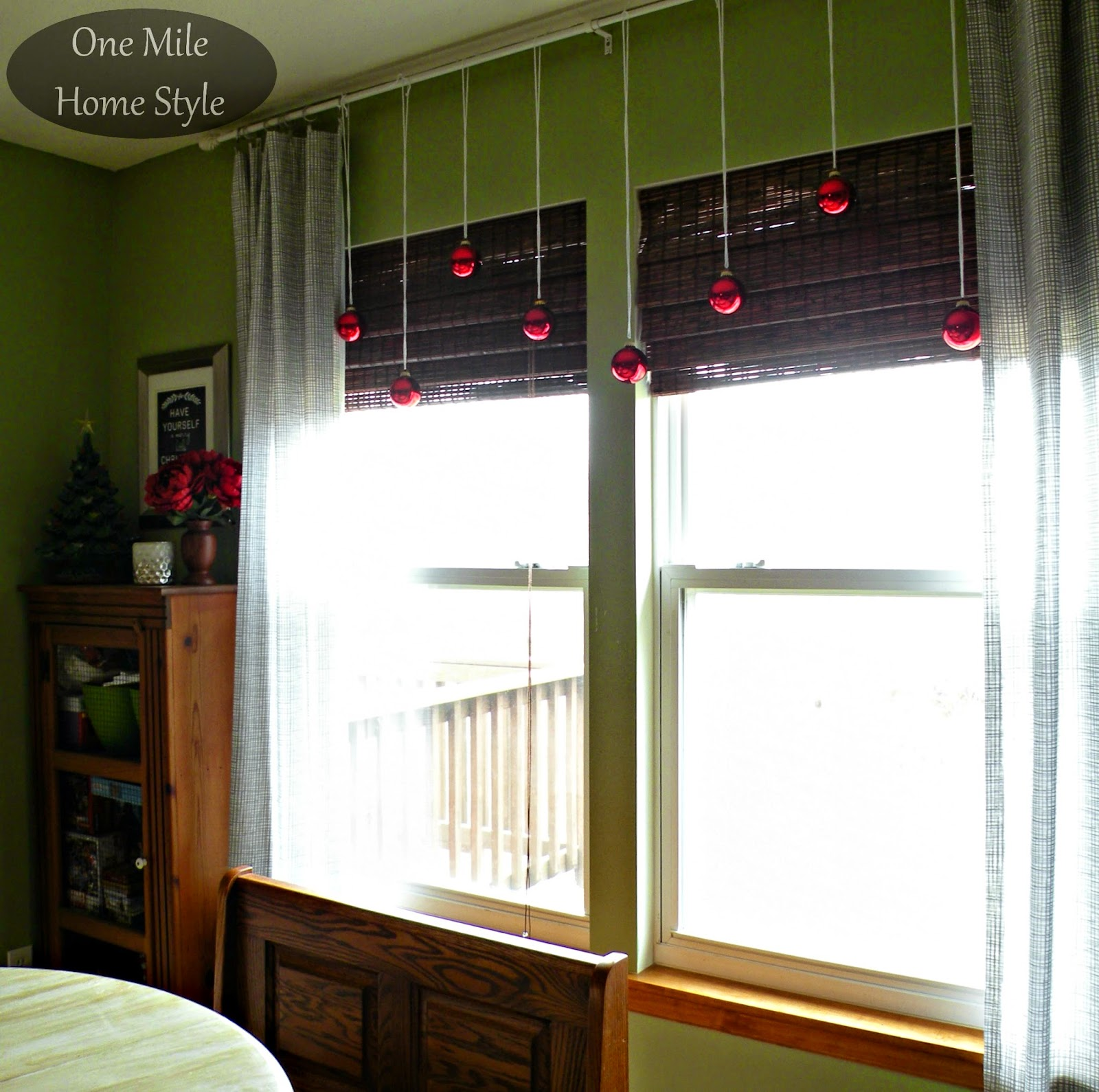 Red Christmas Ornament Window Garland Display