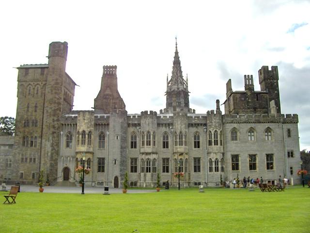 グウィネズのエドワード1世の城郭と市壁の画像 p1_28