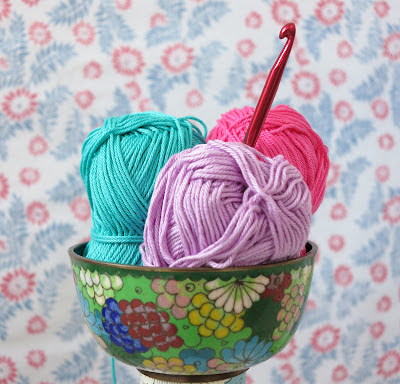 ByHaafner, crochet, crochet hook, thrifted, bowl, colourful