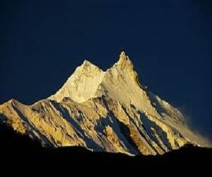 Manaslu_peak_Nepal
