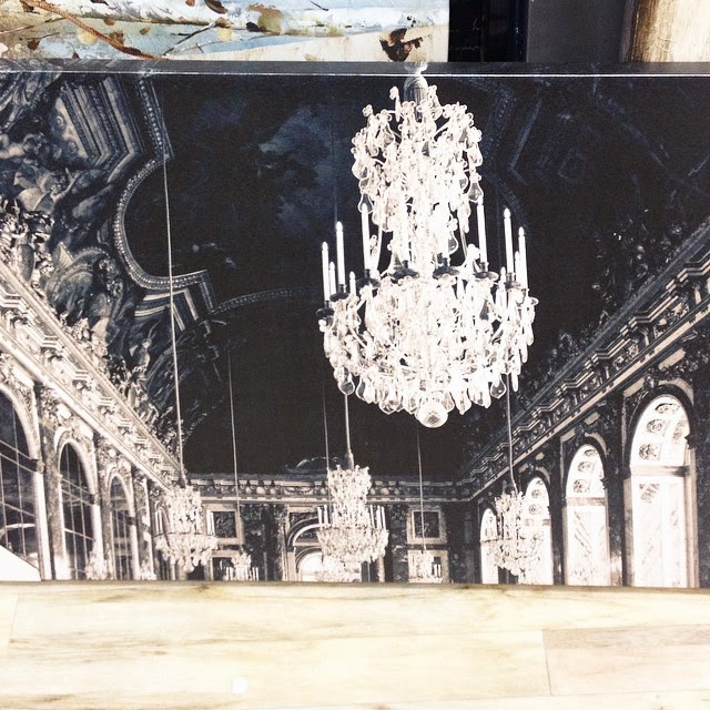 Glamourous and dramatic print for Versailles